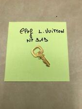 Une  Clef Neuve pour Cadenas Doré /Gold Louis VUITTON Original _ N° 313