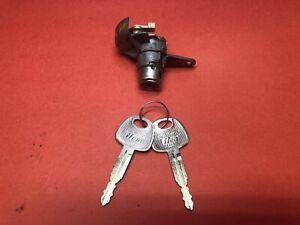 2003-2007 HYUNDAI TIBURON FRONT LEFT DRIVER DOOR LOCK CYLINDER 2 KEYS USED OEM!