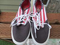 VANS  Patriot Stars & Stripes USA Flag lace shoes Sz 12 mens bin-42