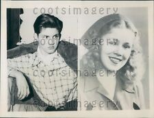 1945 Waukegan Illinois School Shooting R Gibbons Miss Waukegan Press Photo
