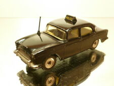 DINKY TOYS 256 HUMBER HAWK POLICE - BLACK 1:43 - GOOD CONDITION
