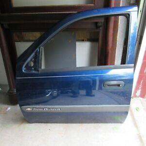 2002-2004 Chevy Trailblazer LH Drivers Front Door Blue w/Glass & Regulator 38532