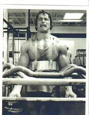 Arnold Schwarzenegger Golds Gym Workout Bodybuilding Photo B&W