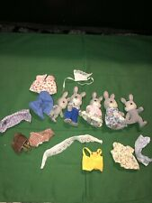 VTG Epoch Families Sylvanian Calico Critter Rabbit Bunny Gray Family Lot Clothes