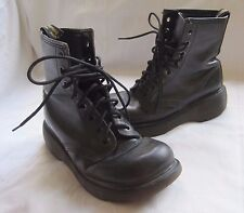 Mens 6 Women 4 90s Doc Martens Boots Air Wair 8 Eye Black Leather England Combat