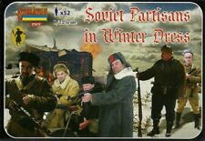 Strelets 1/72 (20mm) WWII Soviet Partisans in Winter Dress