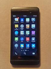 BlackBerry Z10 - 16GB Schwarz (Vodafone Simlock?) Smartphone - TOP ZUSTAND