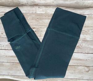 Mika Yoga Wear Thigh High Yoga Leg Warmers Green