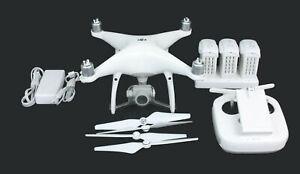 DJI Phantom 4 Pro Quadcopter Drone WM331A Kit 3 Batteries Controller Hard Case