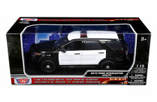 MOTOR MAX 1:18 2015 FORD INTERCEPTOR UTILITY BLACK AND WHITE Diecast Car 73542