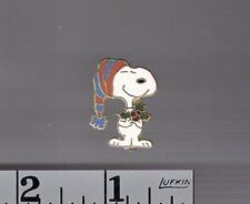 Snoopy w- Mistletoe Christmas pin AVIVA > Peanuts