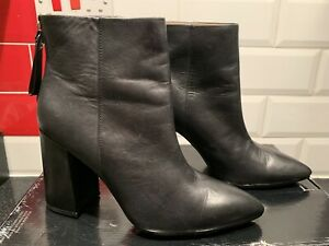 & Other Stories, Ankle boots, Black Leather.Size Uk7.