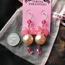 Tarina Tarantino Nuevo Y En Caja Rosa Swarovski perla y pendientes de arco