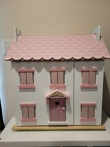LE TOY VAN 3 Storey Doll House In As New Condition