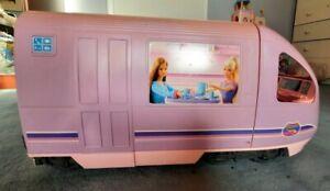 Rarität! neuwertiger Barbie Reisezug mit Zubehör aus 2001