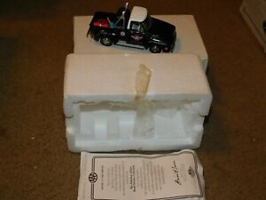 Matchbox YRS02-M 1953 Ford AAA Emergency Service Tow Die Cast Model Truck