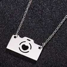 Gold or Silver CAMERA HEART Pendant Necklace Delicate Chain Love Photography UK