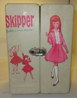 Vintage Barbie Little Sister SKIPPER Doll Closet Wardrobe Carrying Case Nice
