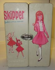 Vintage Barbie Little Sister Skipper Doll Closet Wardrobe Carrying Case Nice