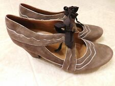 Earthies Sarenza Mary Jane High Heel Shoes Size 8B Taupe Brown Suede Leather XLN