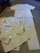 Nice women's size 10 XL Casual Corner 3pc beige suit set outfit blazer pants top