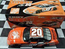 Tony Stewart #20 Home Depot 2002 Grand Prix NASCAR Action NIB 1:24