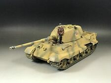 1/35 Built Dragon 6840 King Tiger II w/ Zimmerit, Metal side armor & 1 Figure