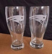 SET OF 2  ETCHED BEER PILSNER DRINKING GLASSES, NEW ENGLAND PATRIOTS LOGOS
