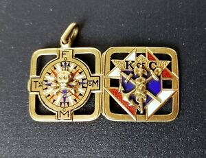 Knights of Columbus - Enamel / 14k Gold Compass Locket / Pendant - Jw-42221a