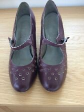 Vintage Fashion Girl shoes size 5
