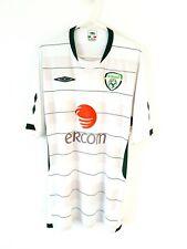 Ireland Away Shirt 2009. Large. Umbro. White Adults Short Sleeves Football Top L