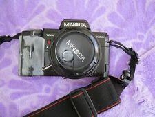 Minolta Maxxum 7000 AF 35mm FILM SLR with lens, Flash and carry bag ~ Estate