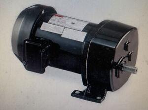 Dayton 6K369 AC Parallel Shaft Split Phase Gear Motor 59 RPM 1/3 hp 115V