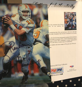 Peyton Manning Signed Magazine 8x10 Color Photo - PSA/DNA Authenticated - COLTS