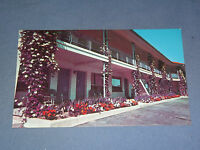 VINTAGE THOMAS MOTOR LODGE EAST OSWEGO  NEW YORK   POSTCARD