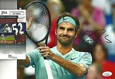 ROGER FEDERER SIGNED/AUTO 8X10 PHOTO JSA CERTFIEND TENNIS MAJOR WINNER GOAT!