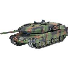 Modellini statici di veicoli militari neri plastici