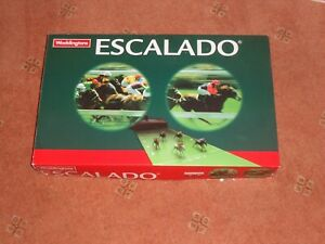 ESCALADO - THE CLASSIC HORSE RACING GAME BY WADDINGTONS 2004 VERY GOOD CONDITION