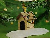 2000 Hallmark Keepsake Ornament ~ Woodstock On Doghouse Snoopy Christmas