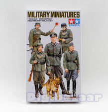 Tamiya Model 35320 1/35 WWII German Field Military Police Set Deutsche polizei