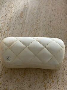 Case Chanel Eyeglass Large White Hard Leather Quilted Authentic Eyeglasses Italy