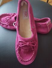 New UGG Sz 5  Suede Dark Pink Moccasins Loafers  Shoes