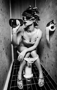 PARTY GIRL ON TOILET DRINKING POSTER PRINT A4 A3 A2 A1 A0 SIZE & FRAMED OPTION b