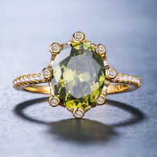 Women Fashion Jewelry 18 K Gold Plated Green Peridot Cocktail Ring Size 9