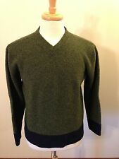 Men's Structure Olive Green/Navy Blue Shetland V-Neck Sweater-S Small
