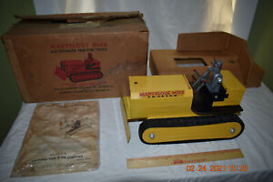Vintage 1950s Saunders Marvelous Mike Electromatic Tractor 1000 With O.B. N/Mint