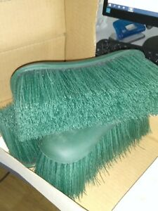 3x Horse grooming brushes
