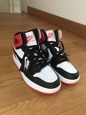 Jordan 1 Mid Satin Black Toe Taglia 43 Nike