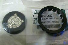 Genuine JAGUAR DAIMLER Noir Roue Badge Centre Hub Cap enjoliveur CAC6442 CAC6502