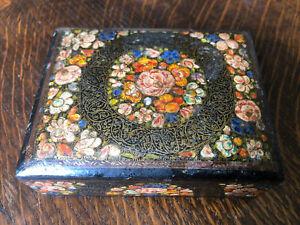 Vintage Wooden Box Lidded Trinket Pot BLACK LACQUER FLOWERS Pretty